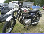 Production (Stock) BSA A65, BSA A65 Thunderbolt with twin carbs cylinder head by Michel 67