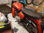 Production (Stock) BSA C15, BSA C15 - bsa c15, vintage motorcycle,classic,barn find in Groeslon ... Source: <a href='https://www.shpock.com/en-gb/i/W506oQNeWxUcdKKS/bsa-c15-vintage-motorcycle-classic-barn-find' target='_blank'>https://www.shpock.com/...</a>