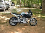 Production (Stock) Buell X1 Lightning, Buell X1 Lightning - My First Motorcycle - 2000 Buell X1 Lightning Millennium E ... Source: <a href='https://www.flickr.com/photos/joanna8555/3782812725/' target='_blank'>https://www.flickr.com/...</a>