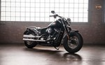 Production (Stock) Harley-Davidson FLS Models, Harley-Davidson FLS Models - Softail Slim® | Motos 2018 | Harley-Davidson® Flying Twin Source: <a href='http://www.hdreunion.com/collection/11/range/4/model/6565/softail-slim' target='_blank'>http://www.hdreunion.com/...</a>