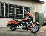Production (Stock) Harley-Davidson Glide Models, Harley-Davidson Glide Models - 2012 Harley-Davidson FLHX Street Glide Review Source: <a href='https://www.totalmotorcycle.com/motorcycles/2012models/2012-Harley-Davidson-FLHX-StreetGlide' target='_blank'>https://www.totalmotorcycle.com/...</a>