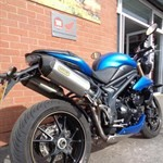 Production (Stock) Triumph Speed Triple, Triumph Speed Triple - TRIUMPH SPEED TRIPLE 1050 AB - Thunder Road Motorcycles Source: <a href='https://www.thunderroad.co.uk/used-bike/triumph-speed-triple-1050-ab/' target='_blank'>https://www.thunderroad.co.uk/...</a>