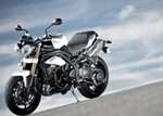 Production (Stock) Triumph Speed Triple, Triumph Speed Triple - 30+ Speed Triple Wallpaper by Kama Hilley, GOLDWALL Source: <a href='https://goldwallpapers.com/main/660-wallpaper-speed-triple.html' target='_blank'>https://goldwallpapers.com/...</a>