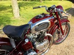 Production (Stock) Triumph Speed Twin, Triumph Speed Twin - 1947 Triumph Speed Twin - We Sell Classic Bikes Source: <a href='https://wesellclassicbikes.co.uk/bikes/187' target='_blank'>https://wesellclassicbikes.co.uk/...</a>