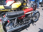 Production (Stock) Yamaha RD Models, Yamaha RD350 - Wikipedia Source: <a href='https://en.wikipedia.org/wiki/Yamaha_RD350' target='_blank'>https://en.wikipedia.org/...</a>